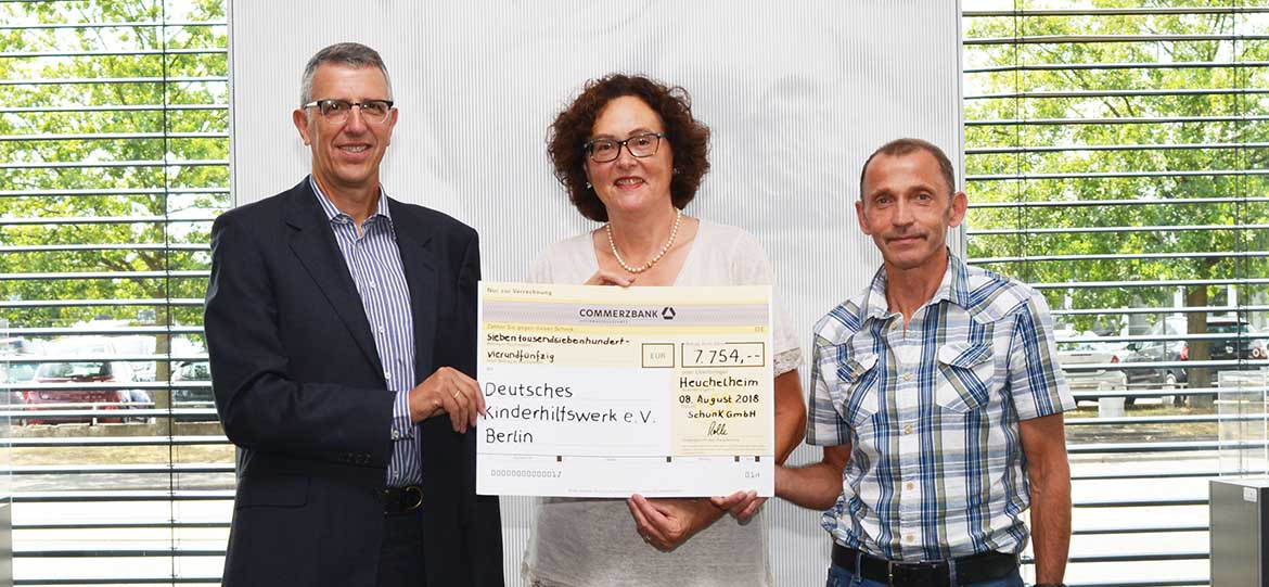 Schunk Group Donates 7,754 Euros to the German Children's Fund
